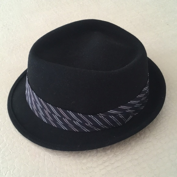 a4e956bb Grace Accessories   Nwt Hats Black Hat   Poshmark